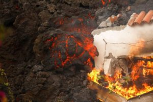 (VIDEO) 513 viviendas y 237 hectáreas afectadas por la lava del volcán de La Palma