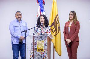 JCE presenta a partidos políticos formatos para el registro de sus afiliados y desafiliados
