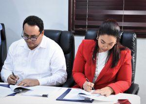 Firman contratos para energías renovables con una inversión de US$485 millones