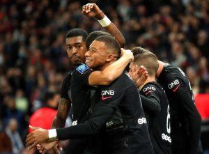 Mbappé rescata al PSG con un gol de penalti en los minutos finales