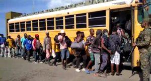 Ejército RD repatria a casi 10 mil haitianos indocumentados a su país