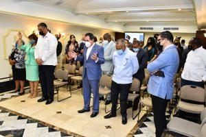Líderes cristianos y evangélicos reafirman compromiso de trabajar en beneficio del país