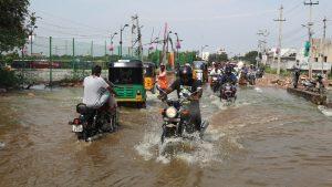 Al menos 19 muertos y una decena de desaparecidos por las lluvias en la India