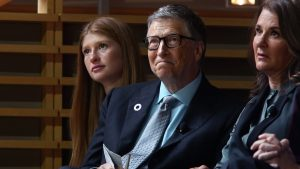Bill y Melinda Gates se reencuentran para lujosa boda de su hija