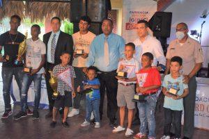 Con gran premiación finalizó el torneo interno No. 20 de la Academia Deportiva Luisito Mercedes