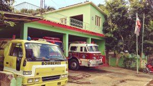 Incendio reduce a cenizas vivienda y colmado en municipio Esperanza