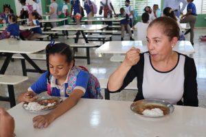 Inabie revela que invierte más de 13 mil millones de pesos en almuerzo escolar
