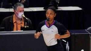 Danielle Scott, sexta mujer elegida para dirigir partidos de la NBA