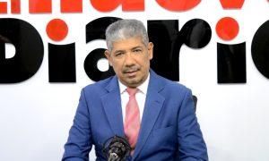 (VIDEO) Periodista Alberto Tavárez critica Ministerio de Salud no exija tarjeta de vacunación en iglesias