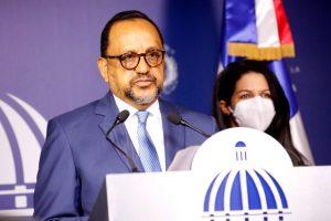 Antoliano Peralta asegura no ha prosperado ninguna acción contra presentación de tarjetas de vacunación