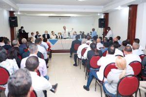 Paliza planifica agenda partidaria con la dirección provincial del PRM en Santiago
