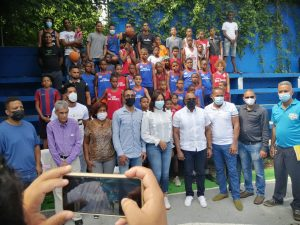 Gobierno construirá techado del Club Rosa Duarte