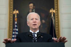 Biden aplaza la publicación de nuevos documentos sobre el asesinato de JFK