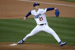 El abridor de Dodgers Buehler será el inicialista contra Bravos en el juego 6