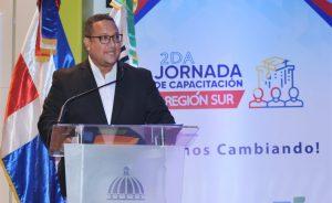 """INAP concluye la """"Jornada Nacional de Capacitación de la Región Sur"""" con agenda académica en Baní"""