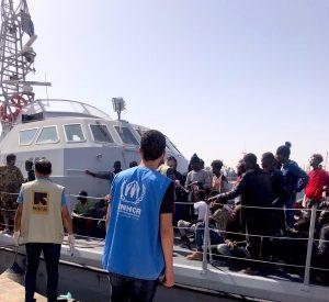 Interceptados 370 migrantes y retornados a Libia durante el fin de semana