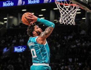Los Hornets anulan gran actuación de Durant y se mantienen invictos en la temporada de la NBA