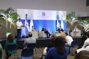 Realizan foro regional para exponer medidas por el fortalecimiento del sector turismo