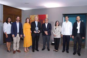 AIRD reconoce a representante BID por sus aportes al sector industrial dominicano