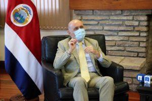Canciller buscará fortalecer liderazgo de Costa Rica durante gira en Europa