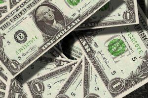 Precio récord del dólar en Costa Rica
