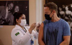 Más de 18 millones de brasileños no se han puesto la segunda dosis anticovid