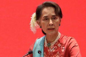 Suu Kyi niega por primera vez ante el tribunal la acusación de incitación