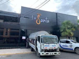 Clausuran discoteca La Santa en Santo Domingo Este