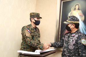 Ministro de Defensa expresa confianza al director de PN, Eduardo Alberto Then