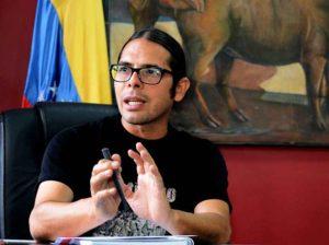 Gobierno venezolano planea vigilar redes sociales durante campaña electoral