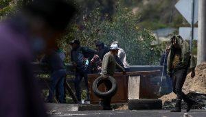 Bloqueos en 9 provincias y choques en segunda jornada de protesta en Ecuador