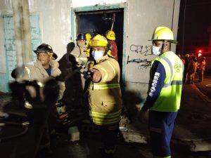 Más de 150 bomberos participaron para sofocar incendio en tienda de La Vega